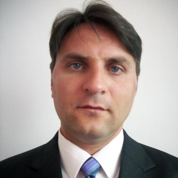 доц. д-р Веселин МИТЕВ